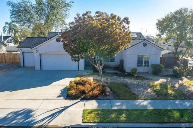 962 Apple Avenue, Lemoore, CA 93245 (#222969) :: Robyn Icenhower & Associates