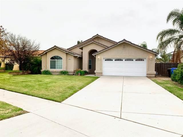 401 Hillcrest Street, Lemoore, CA 93245 (#222981) :: Robyn Icenhower & Associates