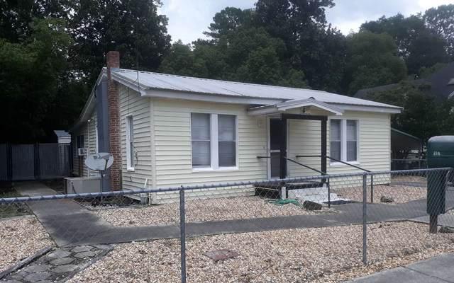 117 SE Van Buren St, Live Oak, FL 32064 (MLS #111893) :: Better Homes & Gardens Real Estate Thomas Group
