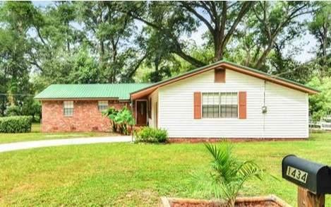 1434 SE Pearl Ave, Live Oak, FL 32064 (MLS #108664) :: Better Homes & Gardens Real Estate Thomas Group