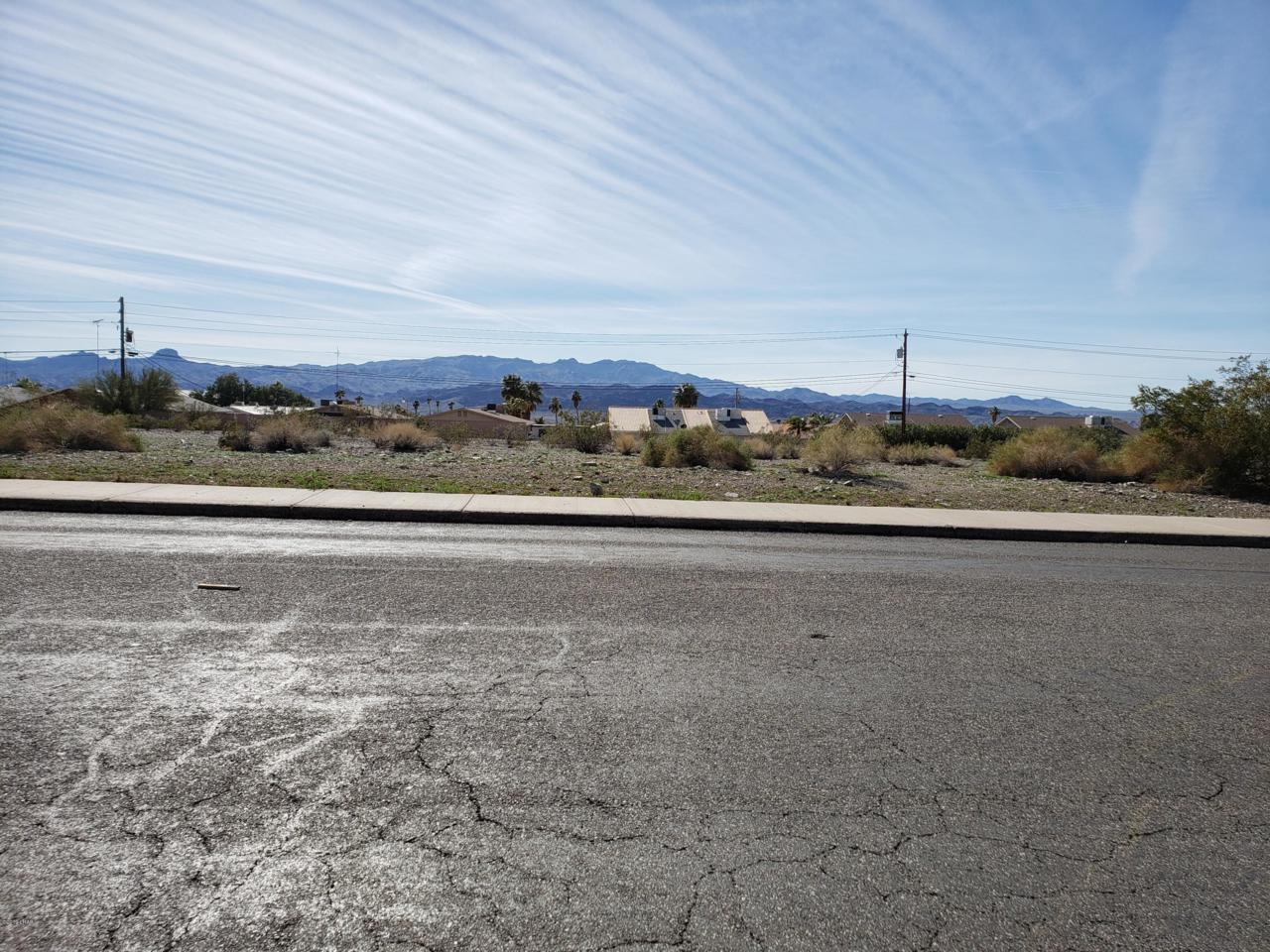 2060 Swanson Ave - Photo 1