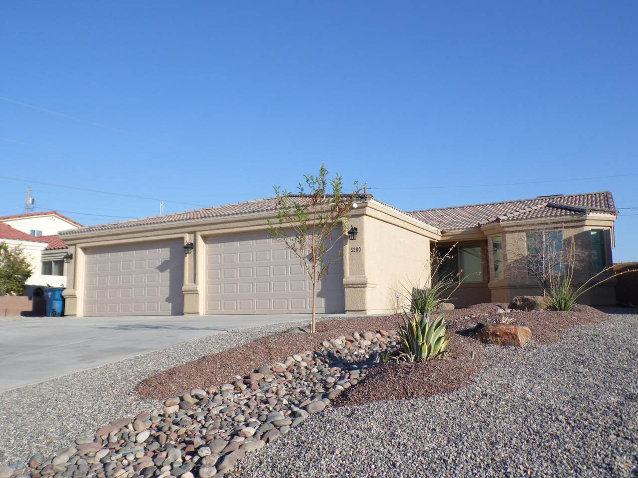 3200 Chemehuevi Blvd - Photo 1