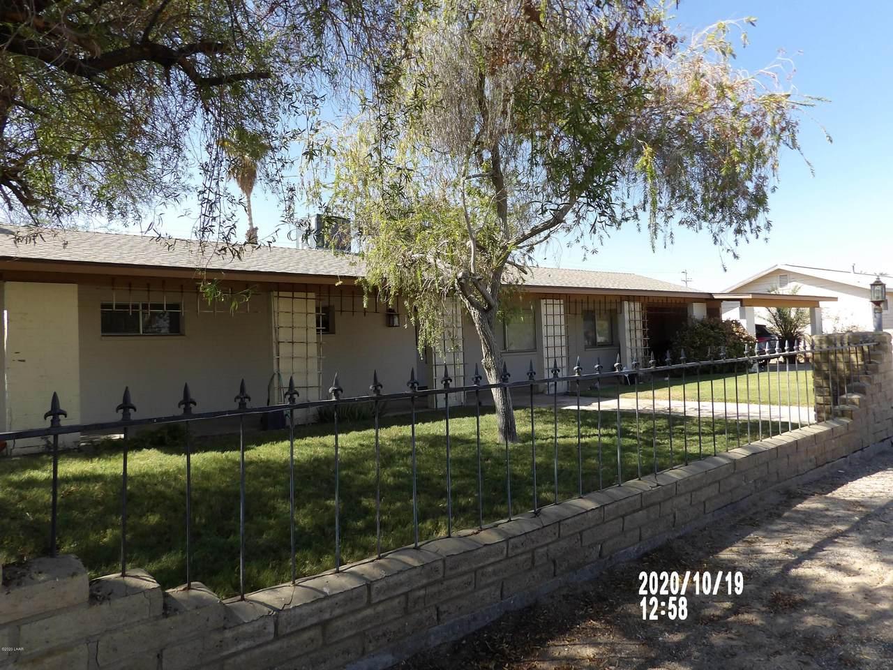 808 Navajo Ave - Photo 1