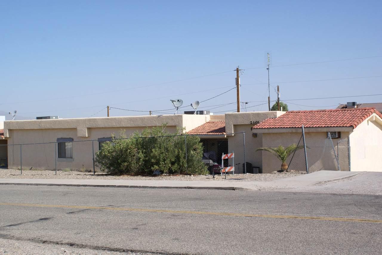2101 Holly Ave - Photo 1