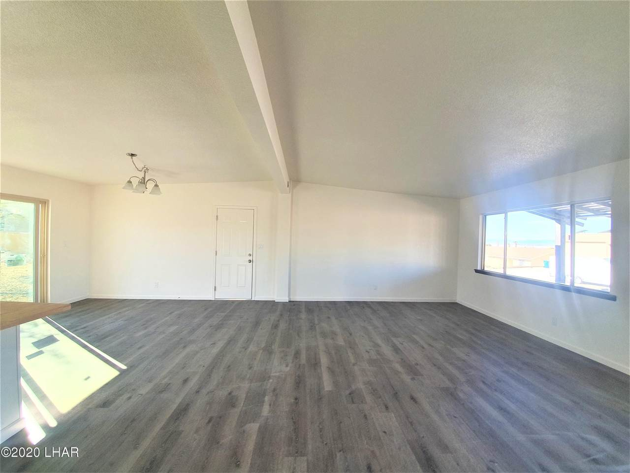 3660 Clearwater Dr - Photo 1