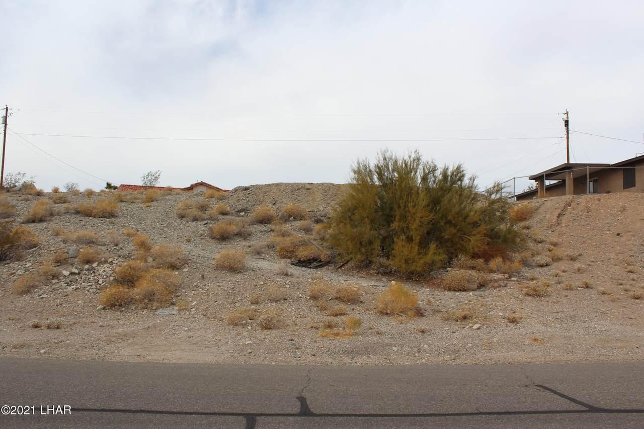 3351 Dune Dr - Photo 1