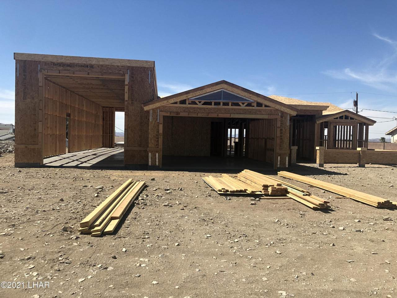 1053 Desert View Dr - Photo 1