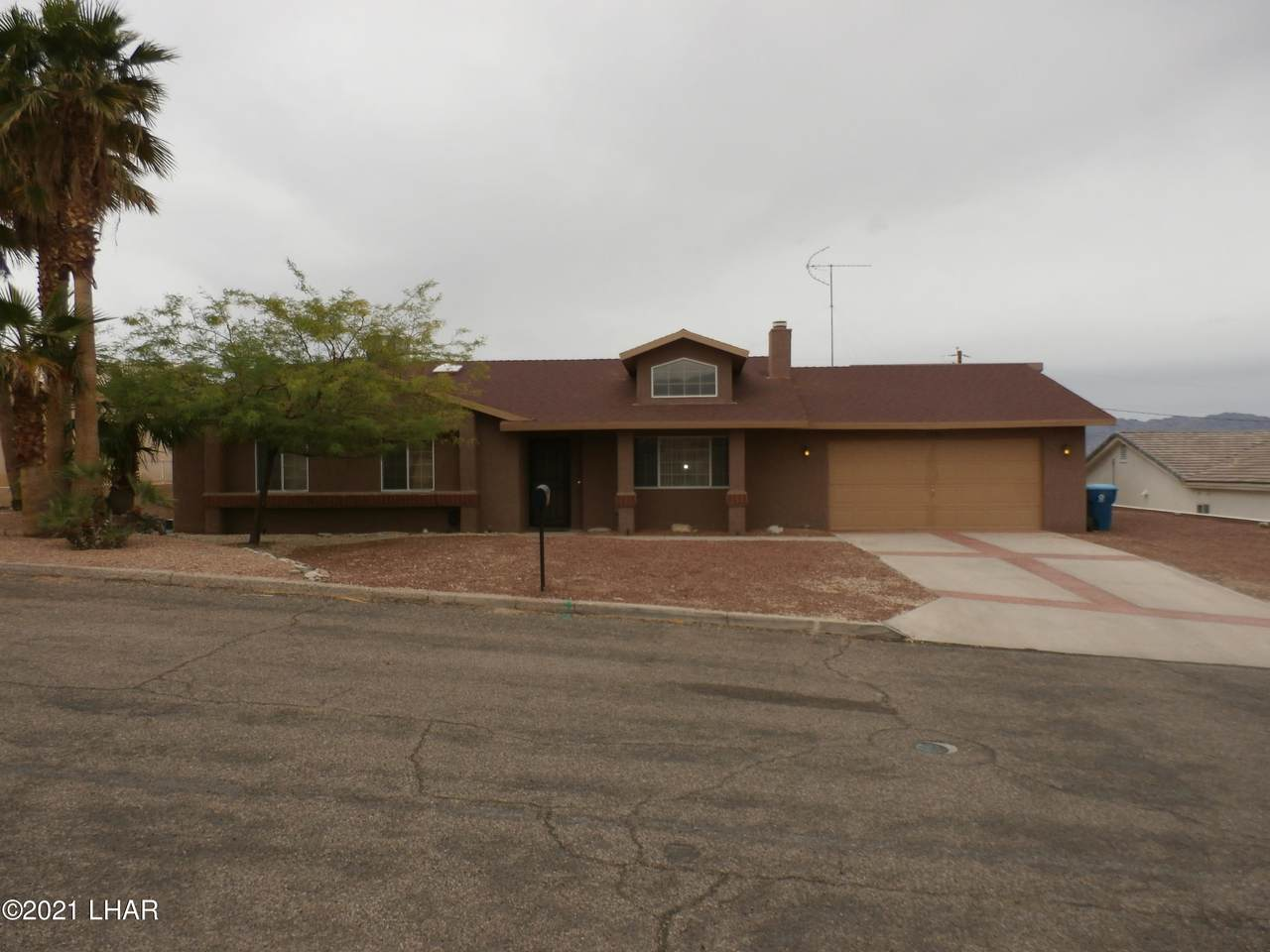 1781 Firefly Dr - Photo 1