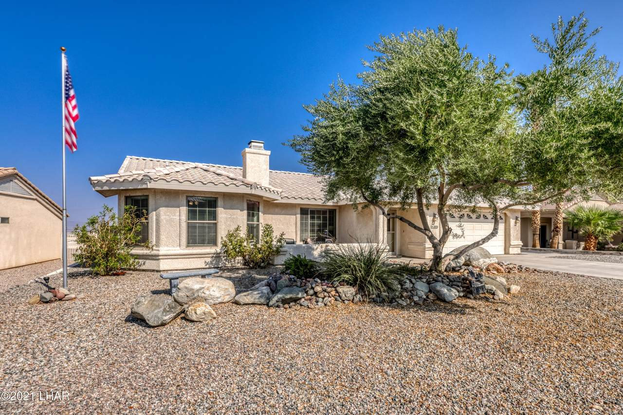 2835 Janet Dr - Photo 1
