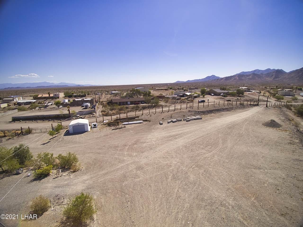 7595 Sierra Vista Rd - Photo 1