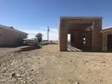 1053 Desert View Dr - Photo 2