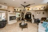2802 Holiday Dr - Photo 4