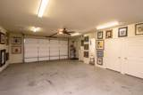 1021 Rolling Hills Dr - Photo 46