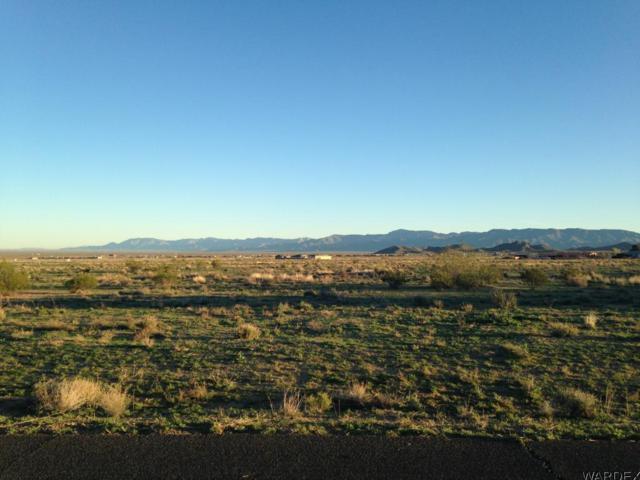 7743 E Chaparral Dr, Kingman, AZ 86401 (MLS #1001790) :: Relevate | Phoenix