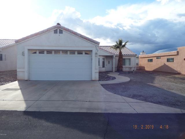8702 Navajo Ln, Parker, AZ 85344 (MLS #1005345) :: The Lander Team