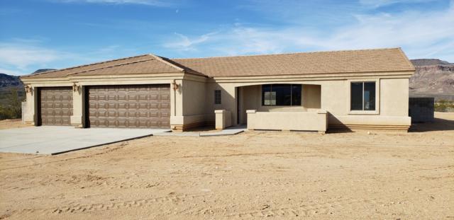 4427 W Roosevelt Rd, Yucca, AZ 86438 (MLS #1005365) :: The Lander Team