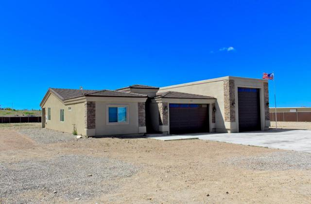 7819 N Rice Dr, Lake Havasu City, AZ 86404 (MLS #1005598) :: Lake Havasu City Properties