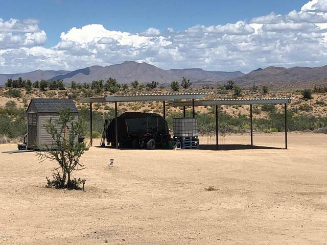 5809 Windmill Rd, Kingman, AZ 86401 (MLS #1011964) :: The Lander Team