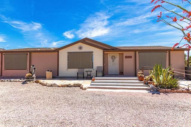 11272 S Bennie Rd, Yucca, AZ 86438 (MLS #1013933) :: Coldwell Banker