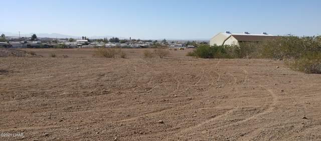 10710 Fenton Dr, Parker, AZ 85344 (MLS #1014915) :: The Lander Team