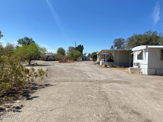 49350 Juneau Ave, Ehrenberg, AZ 85334 (MLS #1015681) :: The Lander Team