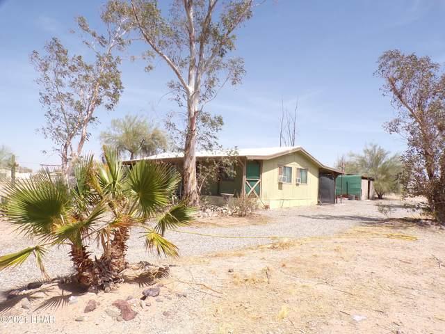 25455 Pendelton Way, Bouse, AZ 85325 (MLS #1015812) :: The Lander Team