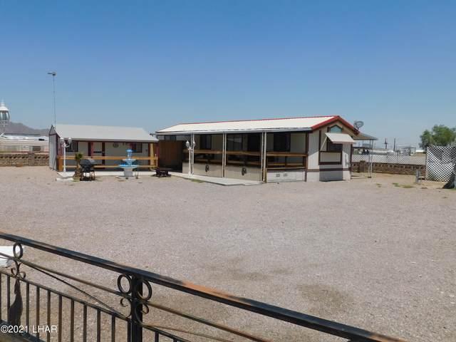 786 W Comanche Dr, Quartzsite, AZ 85346 (MLS #1017041) :: The Lander Team