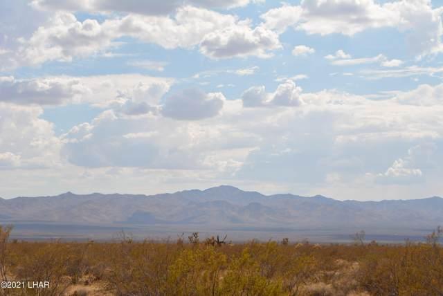 408b Wyatt Earp Rd, Yucca, AZ 86438 (MLS #1017384) :: The Lander Team