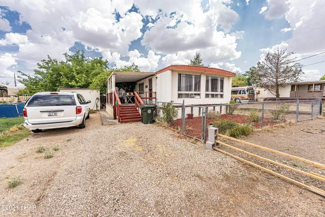 530 Wilshire Ave, Kingman, AZ 86409 (MLS #1017455) :: The Lander Team