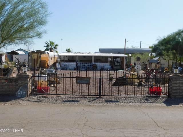 213 W Quail Trail Dr, Quartzsite, AZ 85346 (MLS #1018529) :: The Lander Team