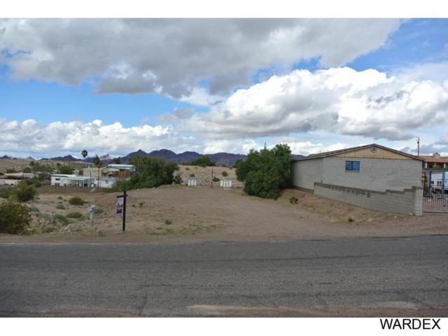 1032 Vista Dr, Lake Havasu City, AZ 86404 (MLS #900106) :: Lake Havasu City Properties