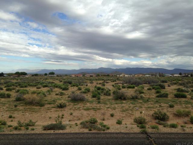 7567 E Chaparral Dr, Kingman, AZ 86401 (MLS #926038) :: Relevate | Phoenix