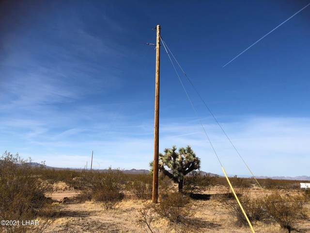 000 Cresote/Dale Evans Rd, Yucca, AZ 86438 (MLS #1014538) :: Realty One Group, Mountain Desert
