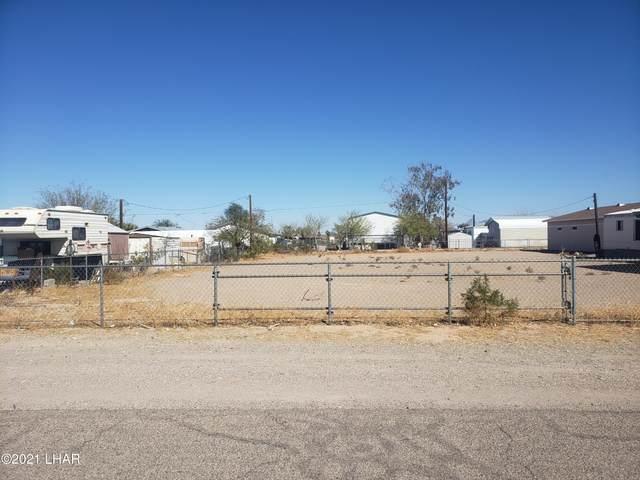 5239 Mesa Dr, Topock, AZ 86436 (MLS #1015135) :: Coldwell Banker
