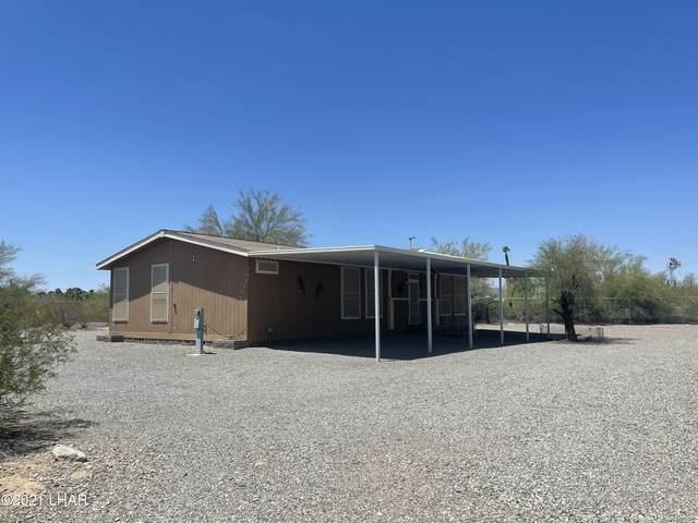26 Oregon Ave, Quartzsite, AZ 85346 (MLS #1015162) :: The Lander Team