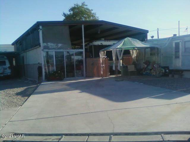 10838 Crystal Canyon, Parker, AZ 85344 (MLS #1016046) :: The Lander Team