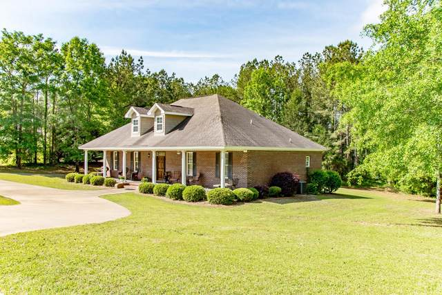 135 Rosemere Dr, Tallassee, AL 36078 (MLS #21-555) :: The Mitchell Team
