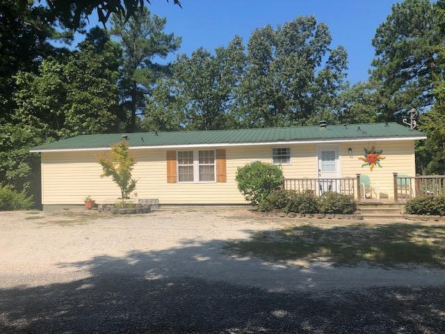 213 Larkwood Ln, Dadeville, AL 36853 (MLS #19-1131) :: Ludlum Real Estate
