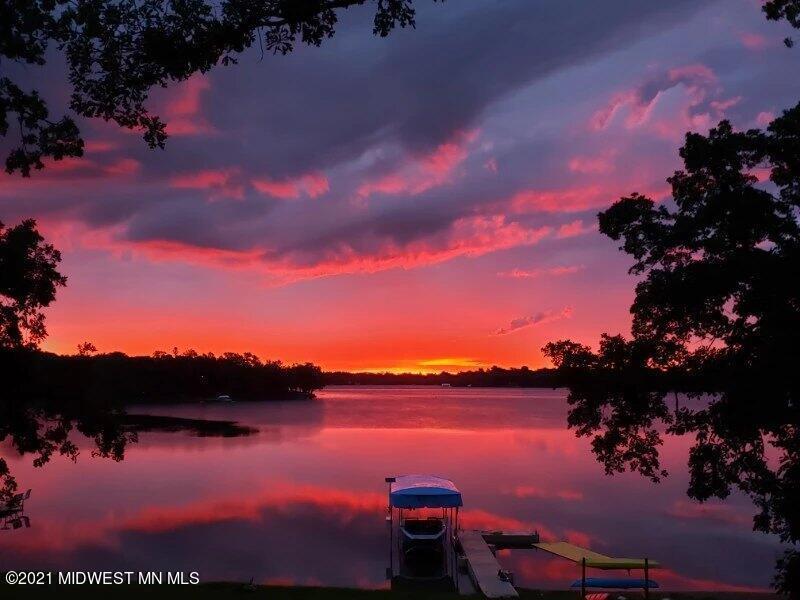 https://bt-photos.global.ssl.fastly.net/lakescountry/orig_boomver_1_20-34735-2.jpg