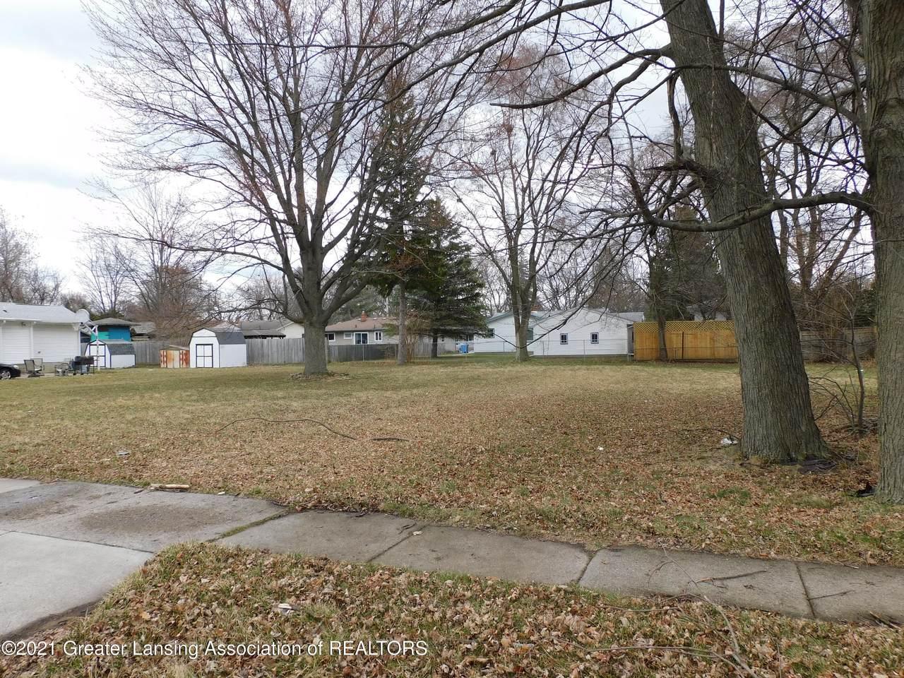 3813 Lowcroft Avenue - Photo 1