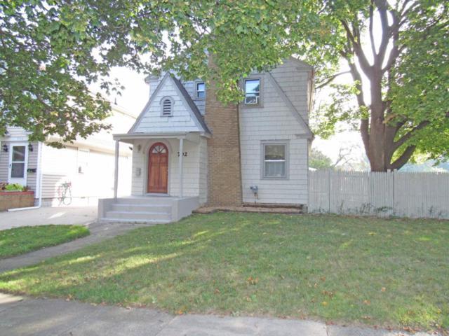 702 N Hayford, Lansing, MI 48912 (MLS #220398) :: Real Home Pros