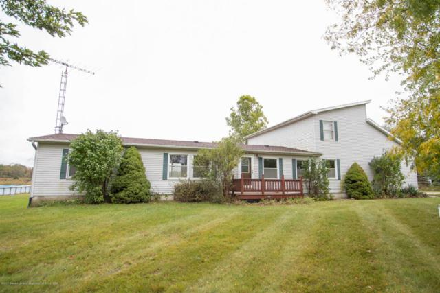 11169 Old Barn Trail, Eaton Rapids, MI 48827 (MLS #220872) :: Buffington Real Estate Group