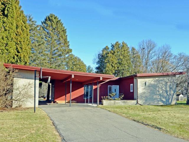 6046 Dawn Avenue, East Lansing, MI 48823 (MLS #223039) :: Real Home Pros