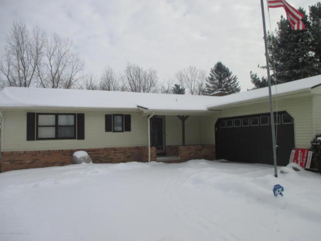 7708 Jon Scott Drive, Grand Ledge, MI 48837 (MLS #223297) :: Real Home Pros