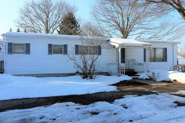 2856 S Canal Road, Eaton Rapids, MI 48827 (MLS #223514) :: Real Home Pros
