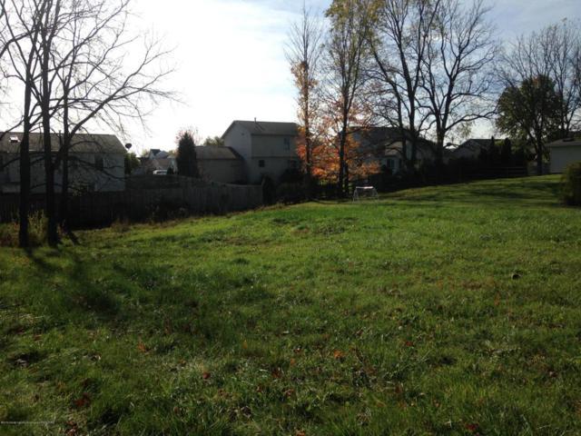 3790 Danbridge Drive, Lansing, MI 48906 (MLS #224192) :: Real Home Pros
