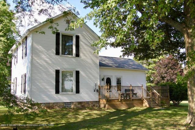 1525 E Henderson Road, Portland, MI 48875 (MLS #225161) :: Real Home Pros