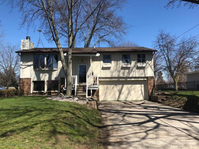 808 W Mcconnell Street, St. Johns, MI 48879 (MLS #225211) :: Real Home Pros