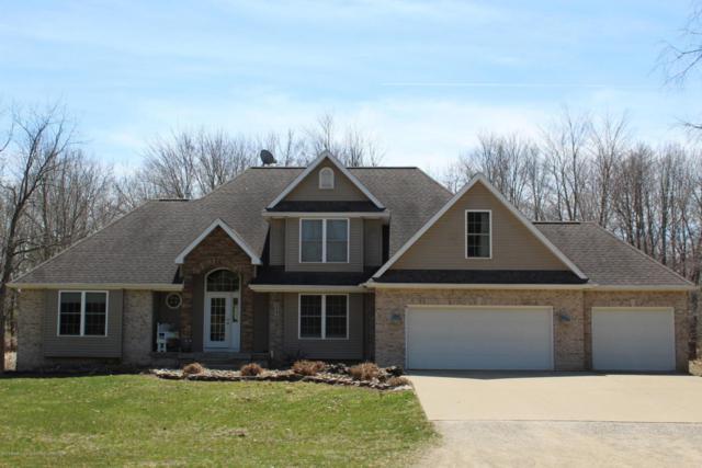 737 W Dexter Trail Trail, Mason, MI 48854 (MLS #225302) :: Real Home Pros