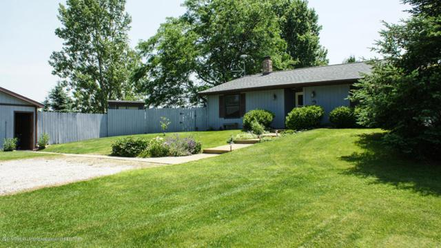 1422 E Bellevue Highway, Charlotte, MI 48813 (MLS #225376) :: Real Home Pros